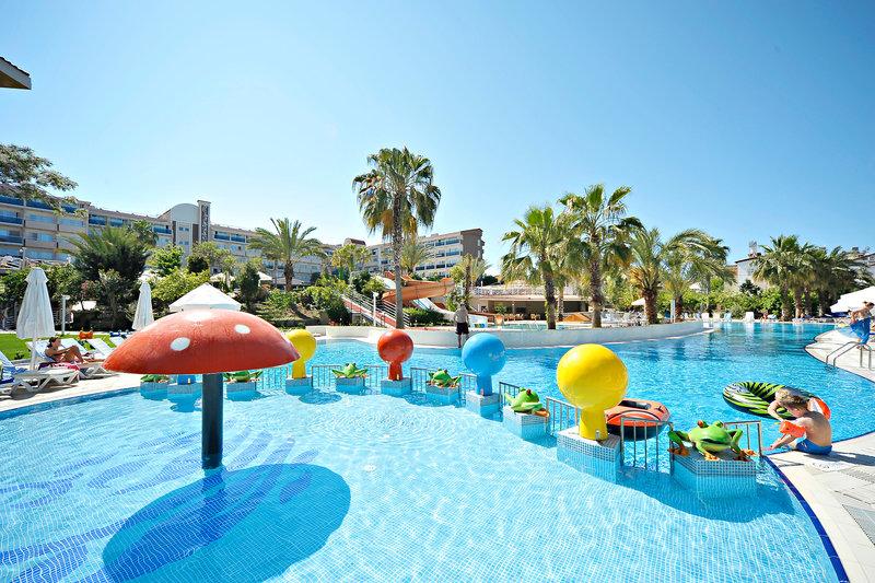 Das 4 Sterne Hotel an der türkischen Riviera ist perfekt für den Familienurlaub