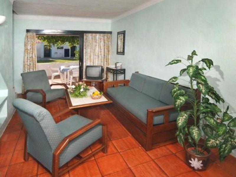 Das Wohnzimmer im günstigen Hotel schon ab 8,00€ die Nacht pro Person, unfassbar
