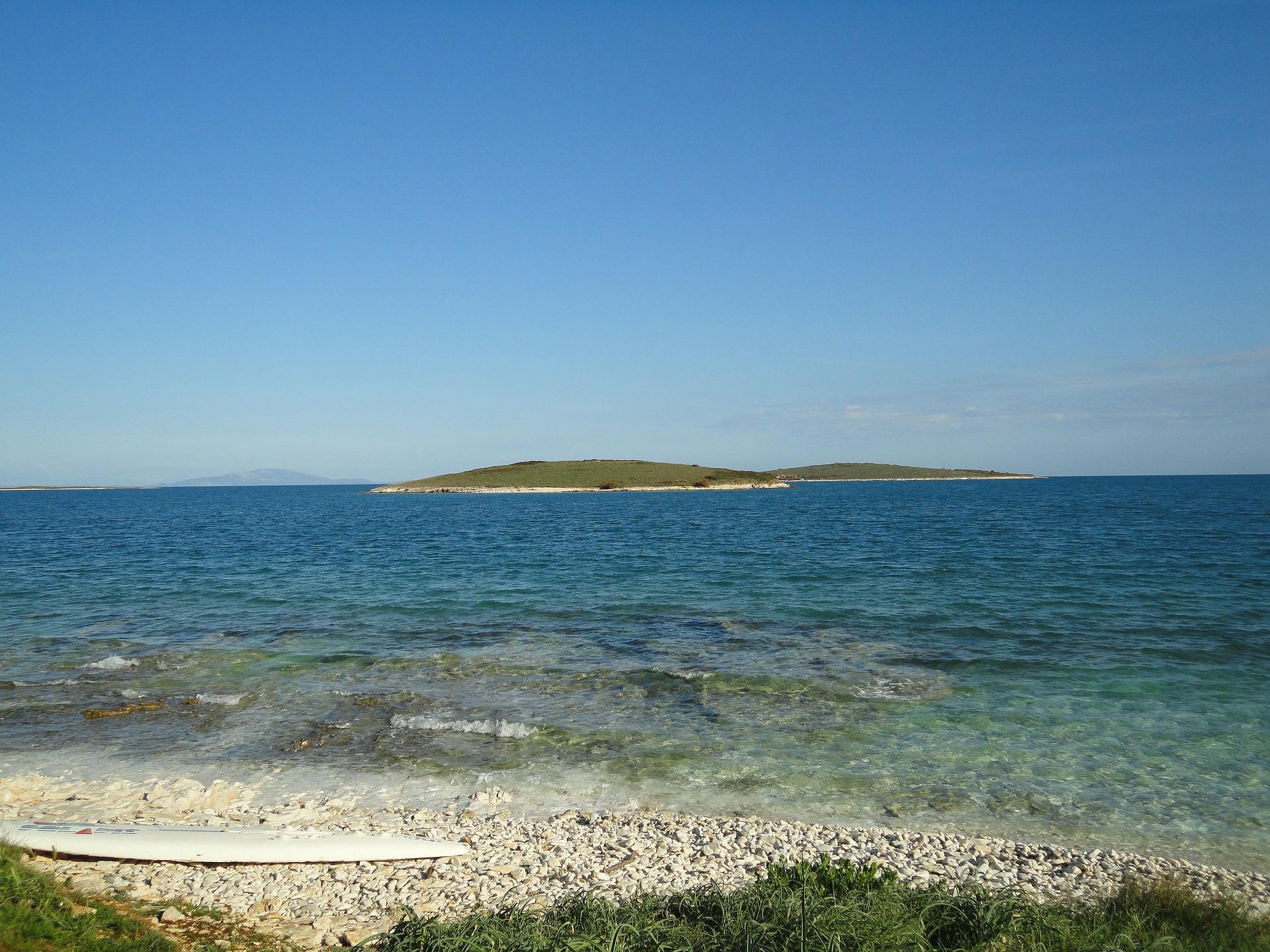 Die Strandabschnitte am Mittelmeer bei Kroatien