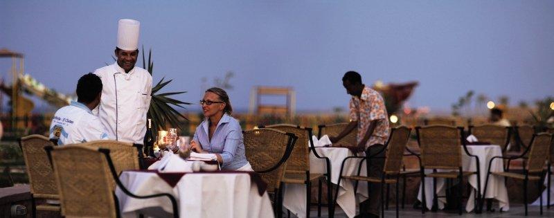 Dinner mit Meerblick in Ägypten