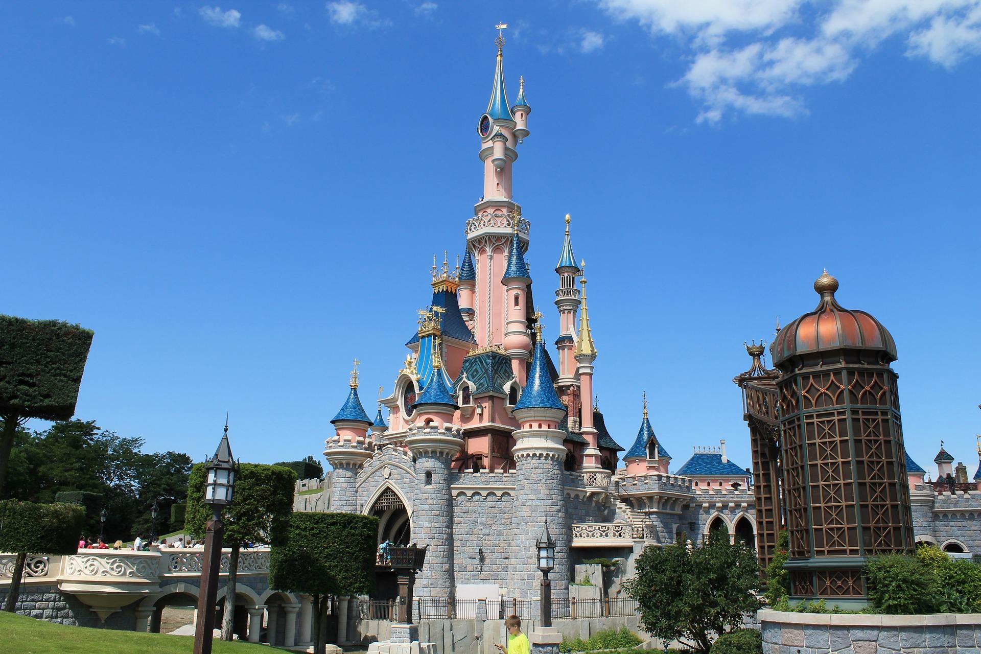 Disneyland Paris an Valentinstag - mach deinem Partner Freude