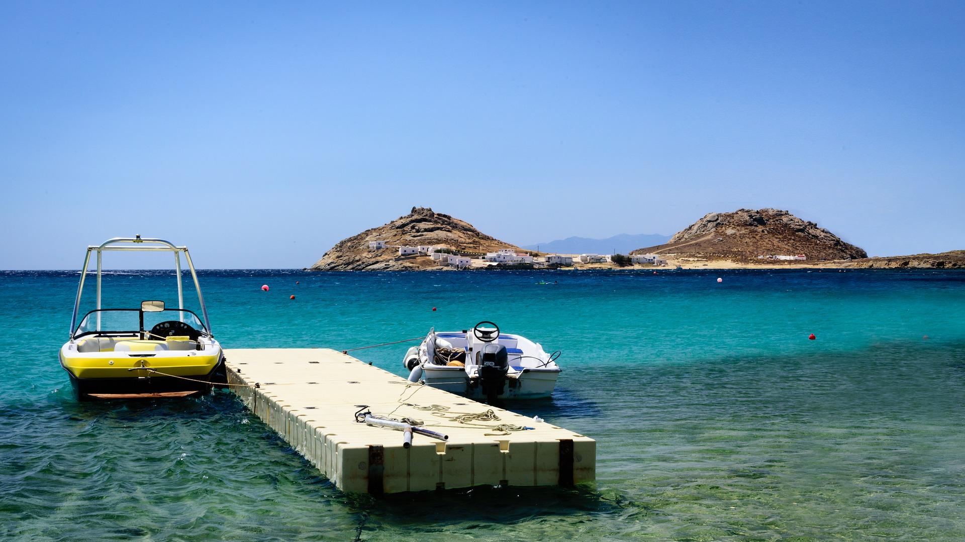Es gibt auch zahlreiche Angebote für Kreuzfahrten um die Inseln