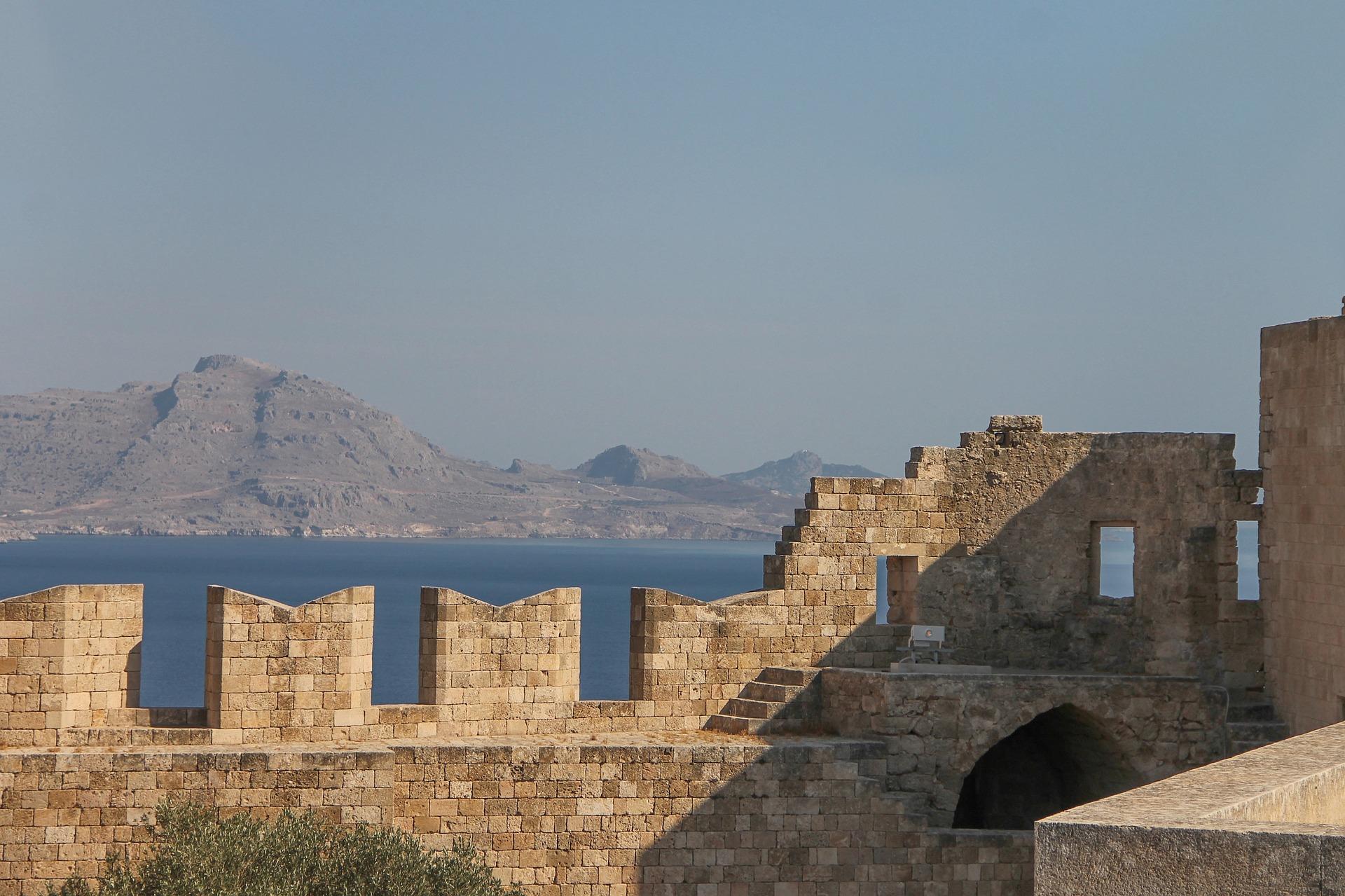In Lindos findest du zahlreiche Ruinen aus der Römer Zeit