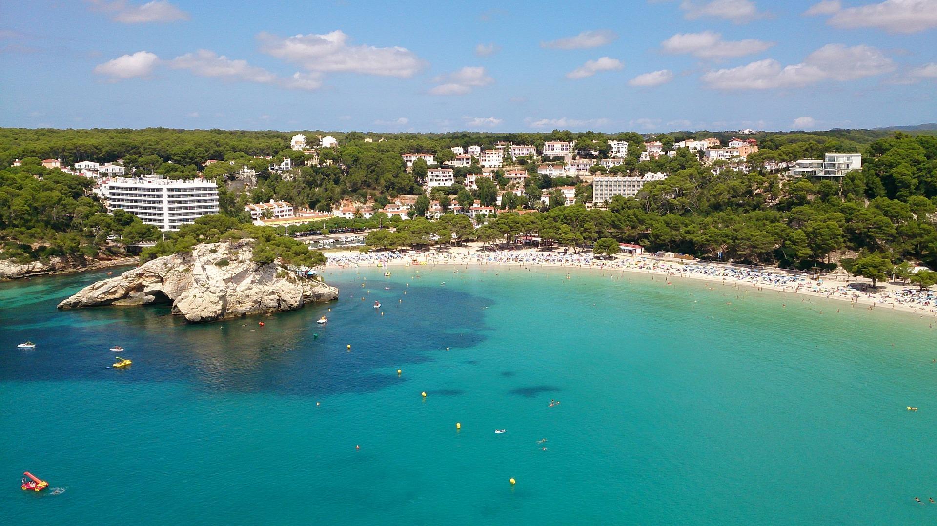 Last Minute Menorca meine Empfehlung um Urlaub auf dieser Perle im Mittelmeer zu machen