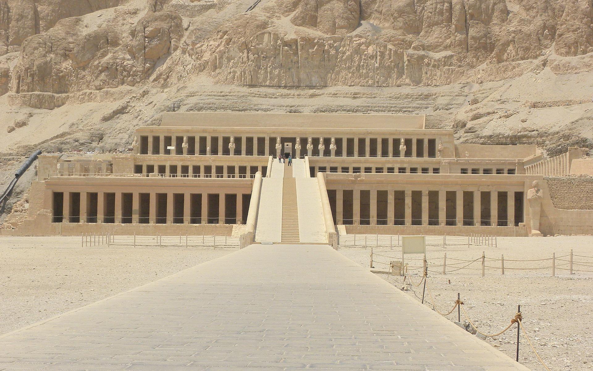 Luxor - Langzeitreisen in Ägypten am besten ein Hotel in Hurghada mit All Inclusive Verfplfgung