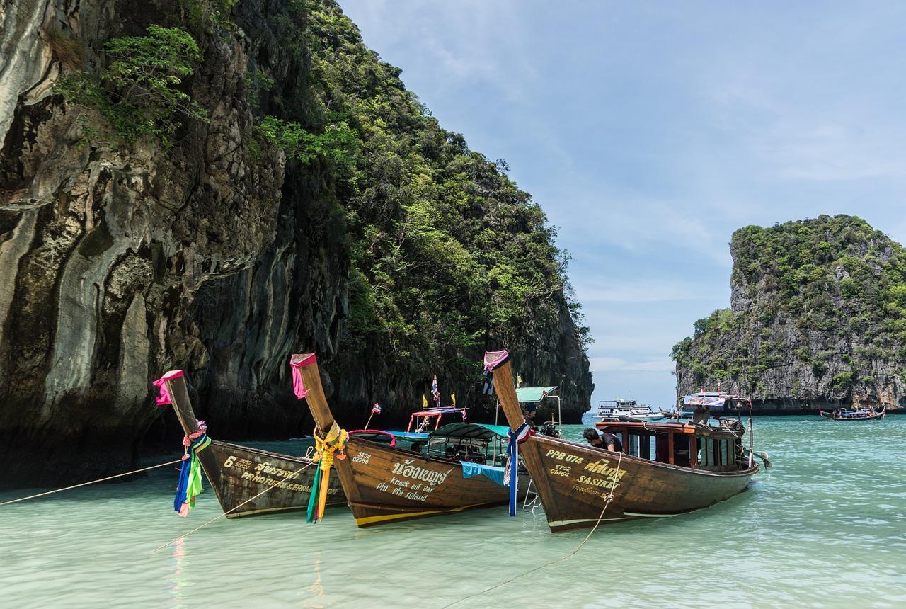 Mit diesen Booten macht Ihr die schönsten Touren von Phuket nach Phi Phi Island