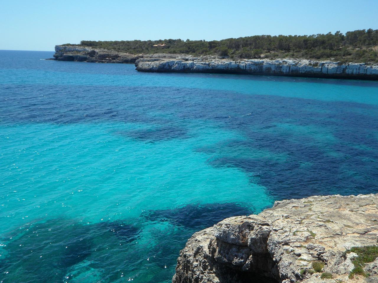 Mittelmeer von seiner schönsten Seite, bei den Preisen macht Urlaub erst besonders spaß