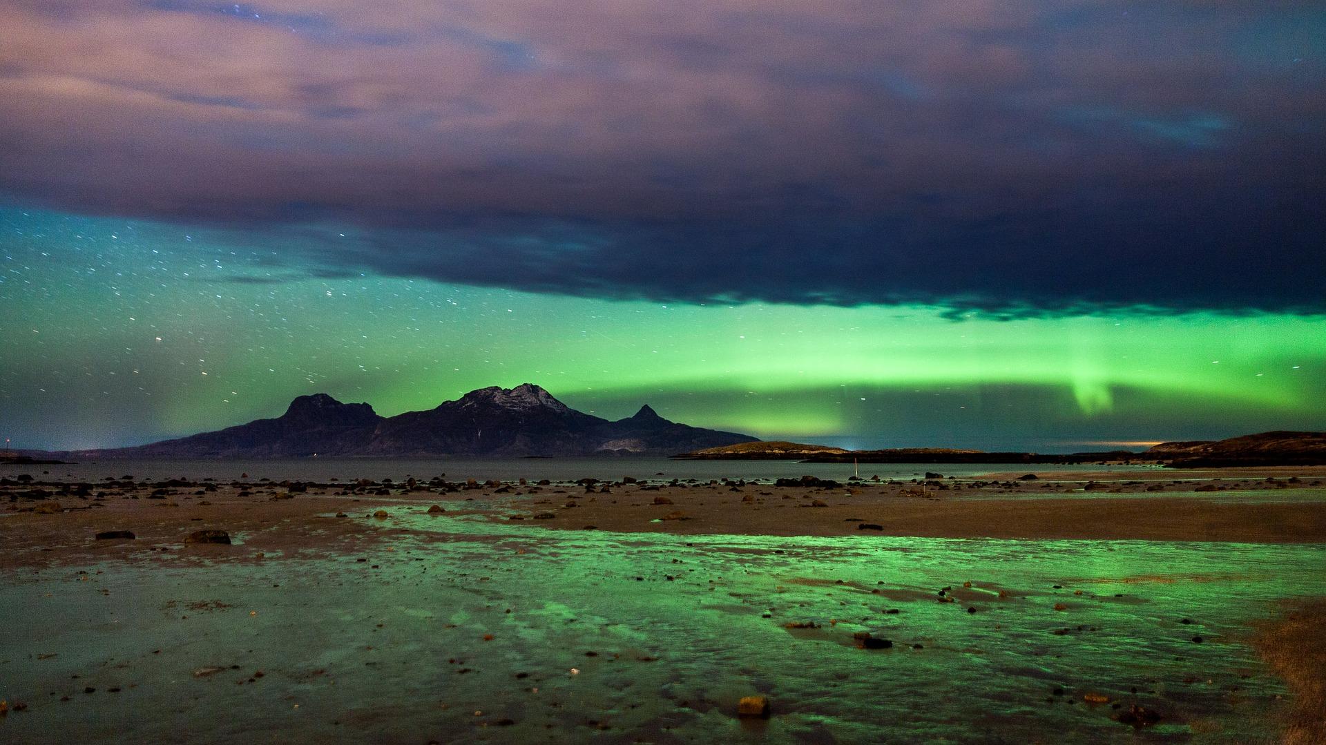 Nördliche Lichter erwarten Sie nicht nur oben im Lappland!