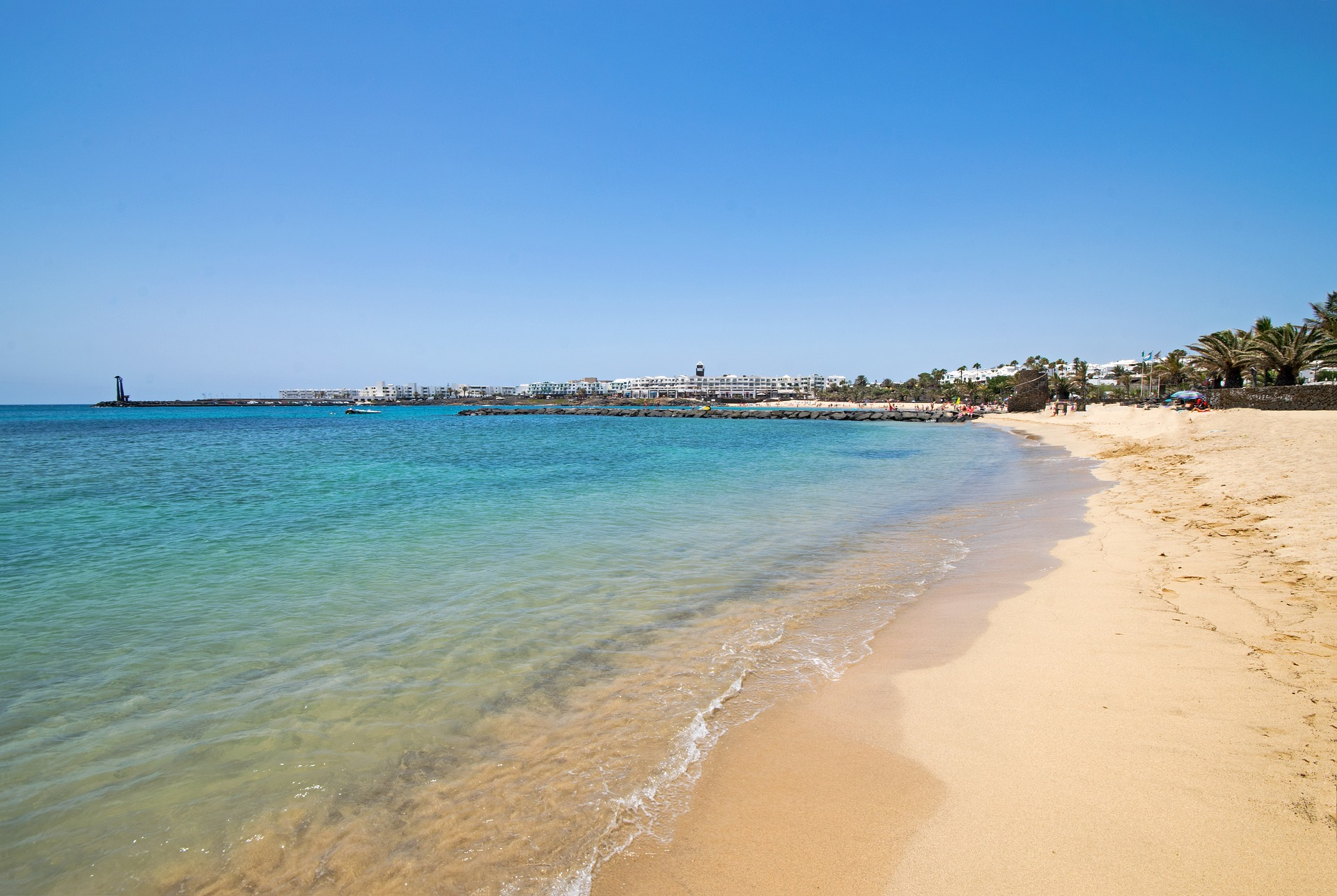 Playa de Las Cucharas - Weitläufiger Sandstrand