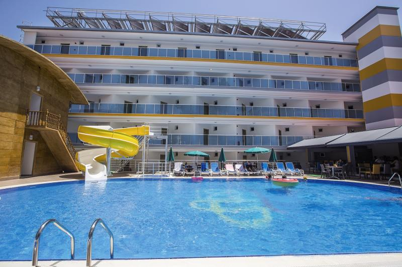 Pool für Schwimmer - Billig Ferien in der Türkei im Arsi Enfi city Beach