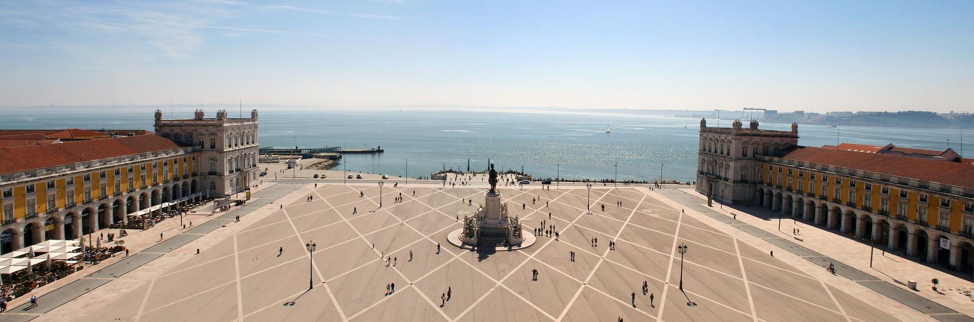 Portugal Urlaub - Städtereise Lissabon Pauschal & Tracker im Vergleich