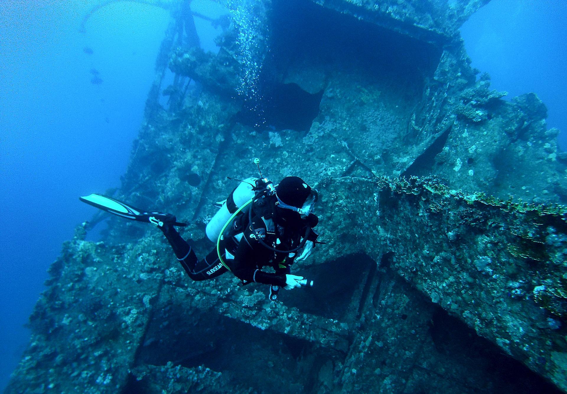 Schiffwrack in El Quesir am Korallenriff Baran