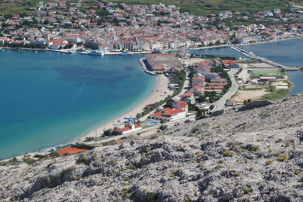 Stadt Pag von oben - in Norddalmatien