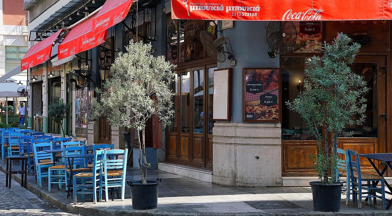 Typische Tavernen in Griechenland
