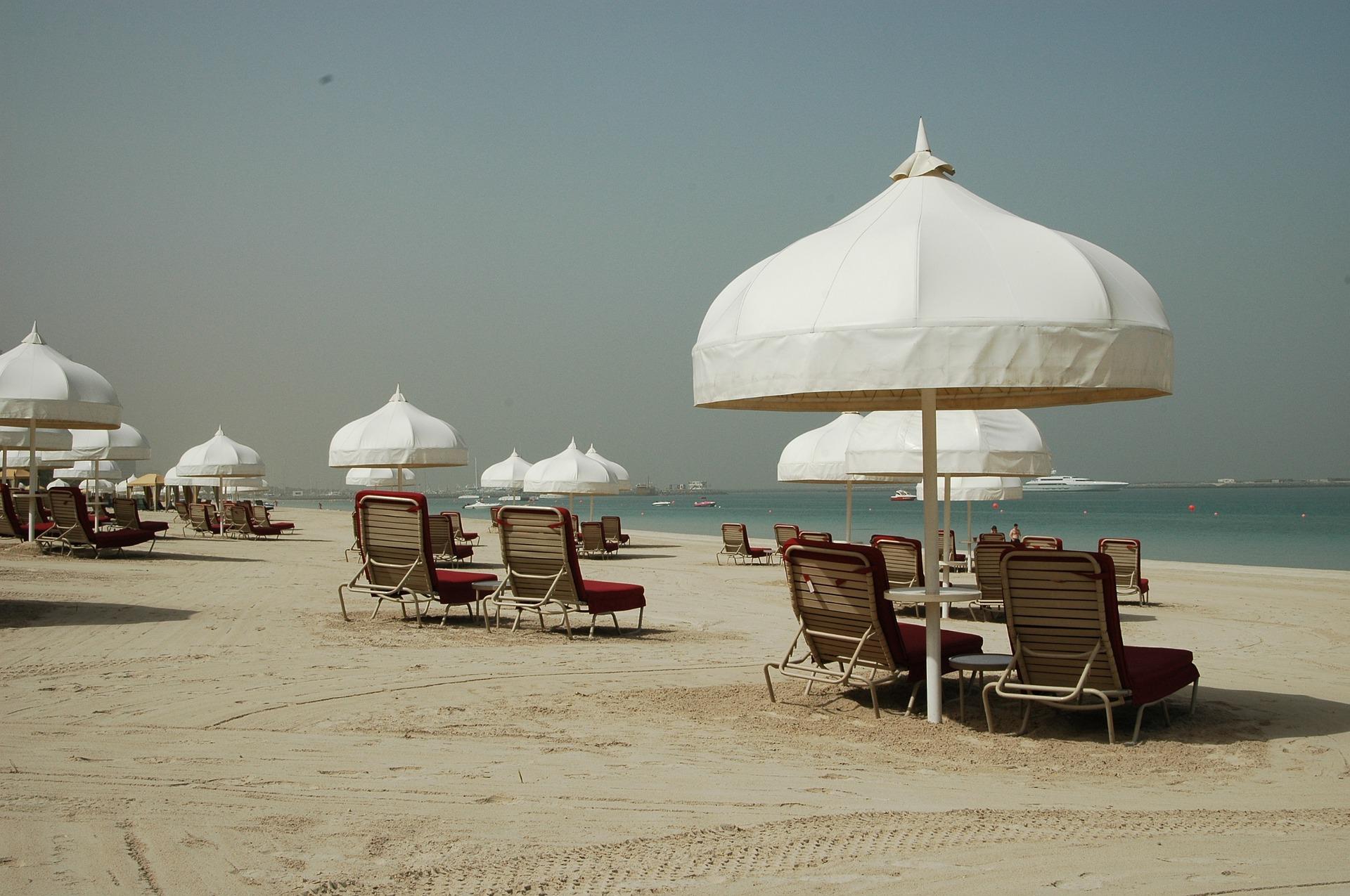 Typischer Strandabschnitt in Sharjah Dubai