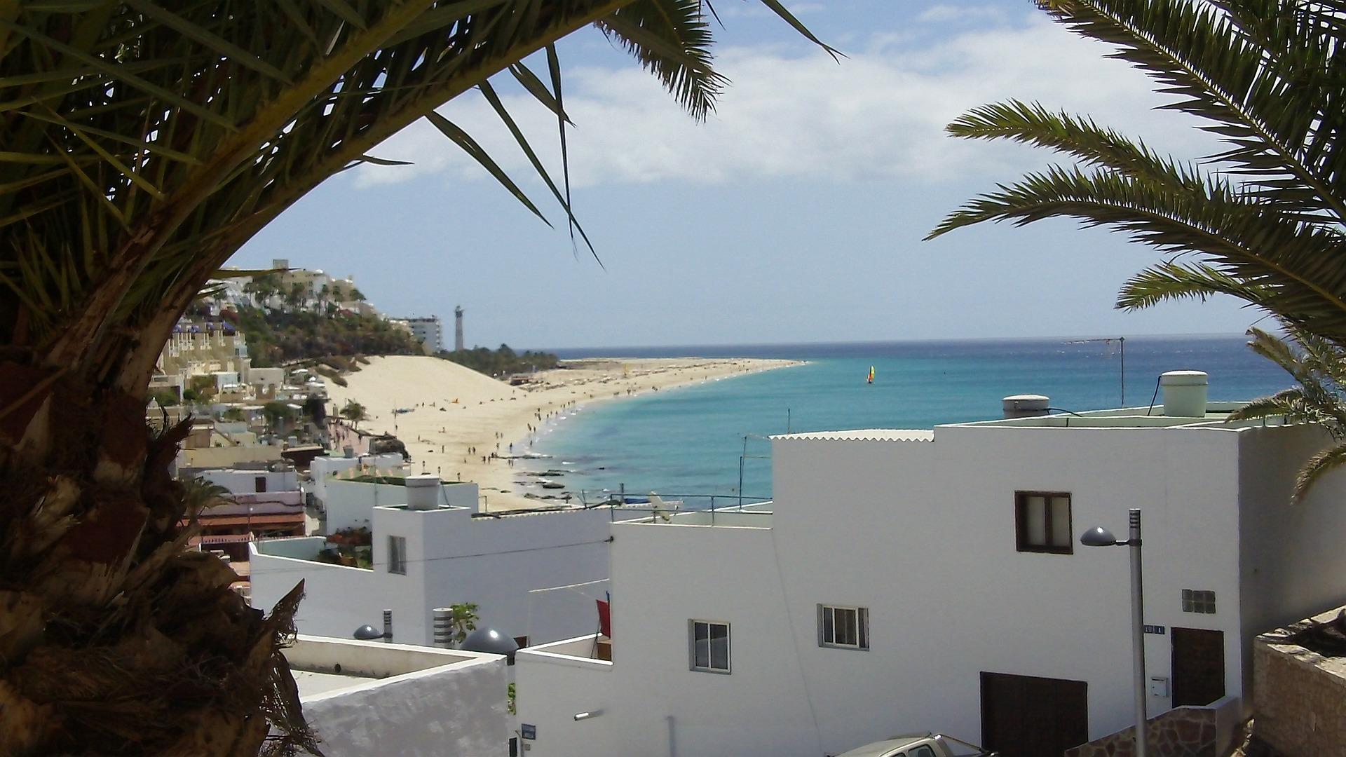 Zum Fly & Drive Gran Canaria empfehle ich Ihnen ein Hotel in der Mitte der Insle zu buchen, da diese nicht allzu groß ist können Sie von hier aus alles erreichen