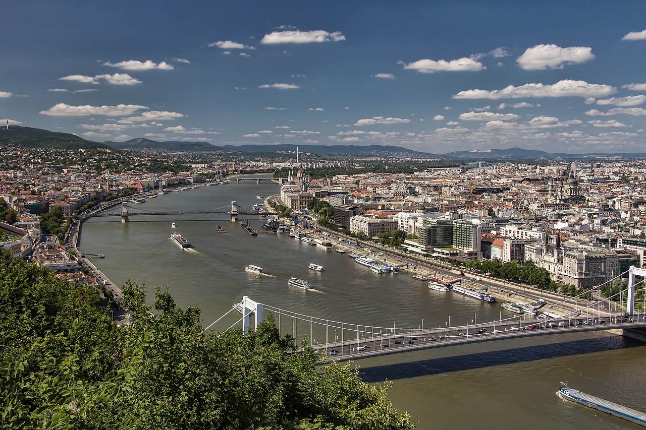 Budapest im zentralen Apartment Pauschalreisen ab 125,00€