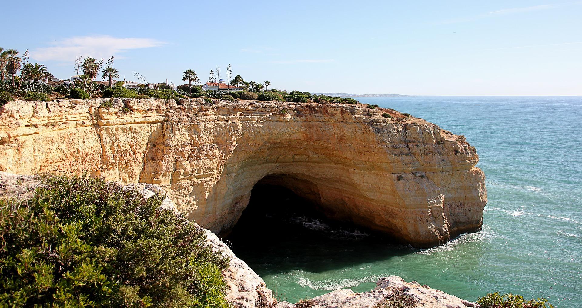 Die Meereshöhlen sind mit abstand die schönsten Sehenswürdigkeiten