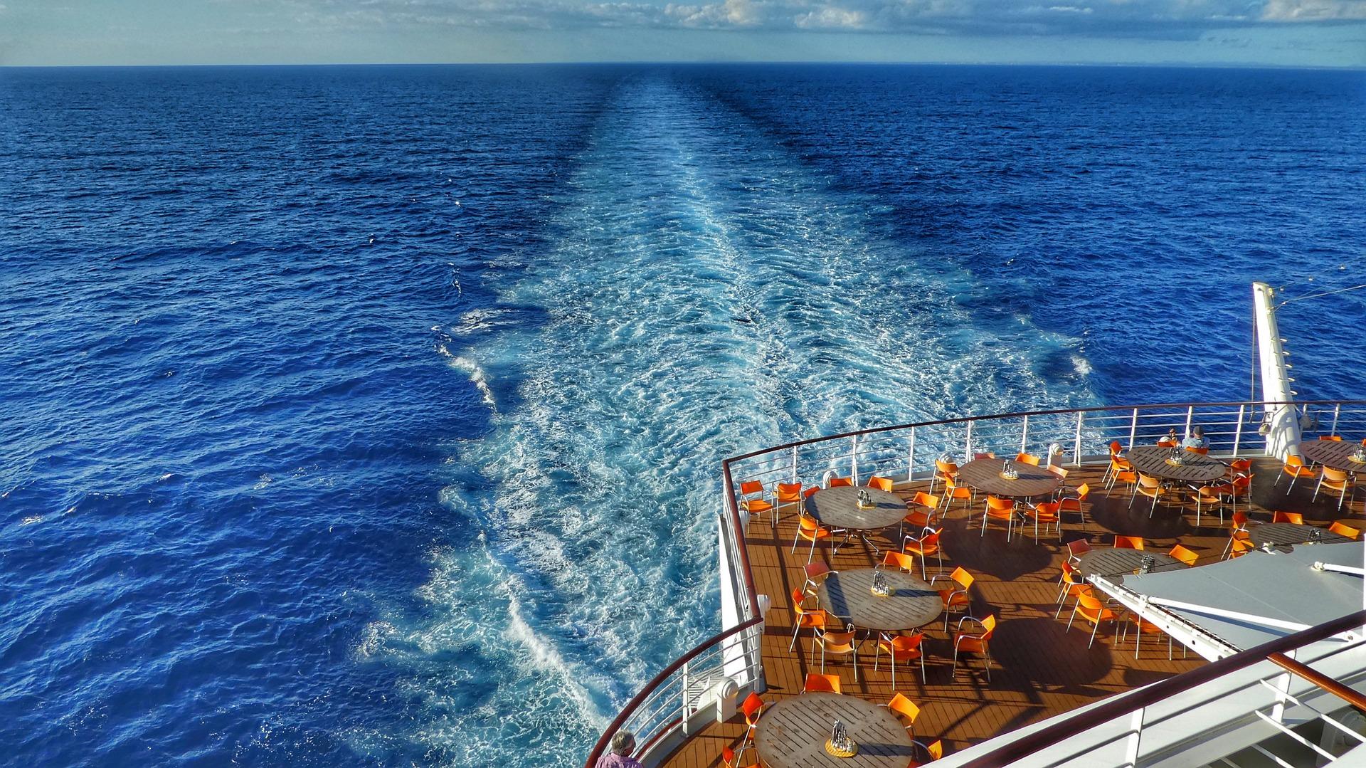 Entspanne auf dem Deck mit deinem Cruise Deal