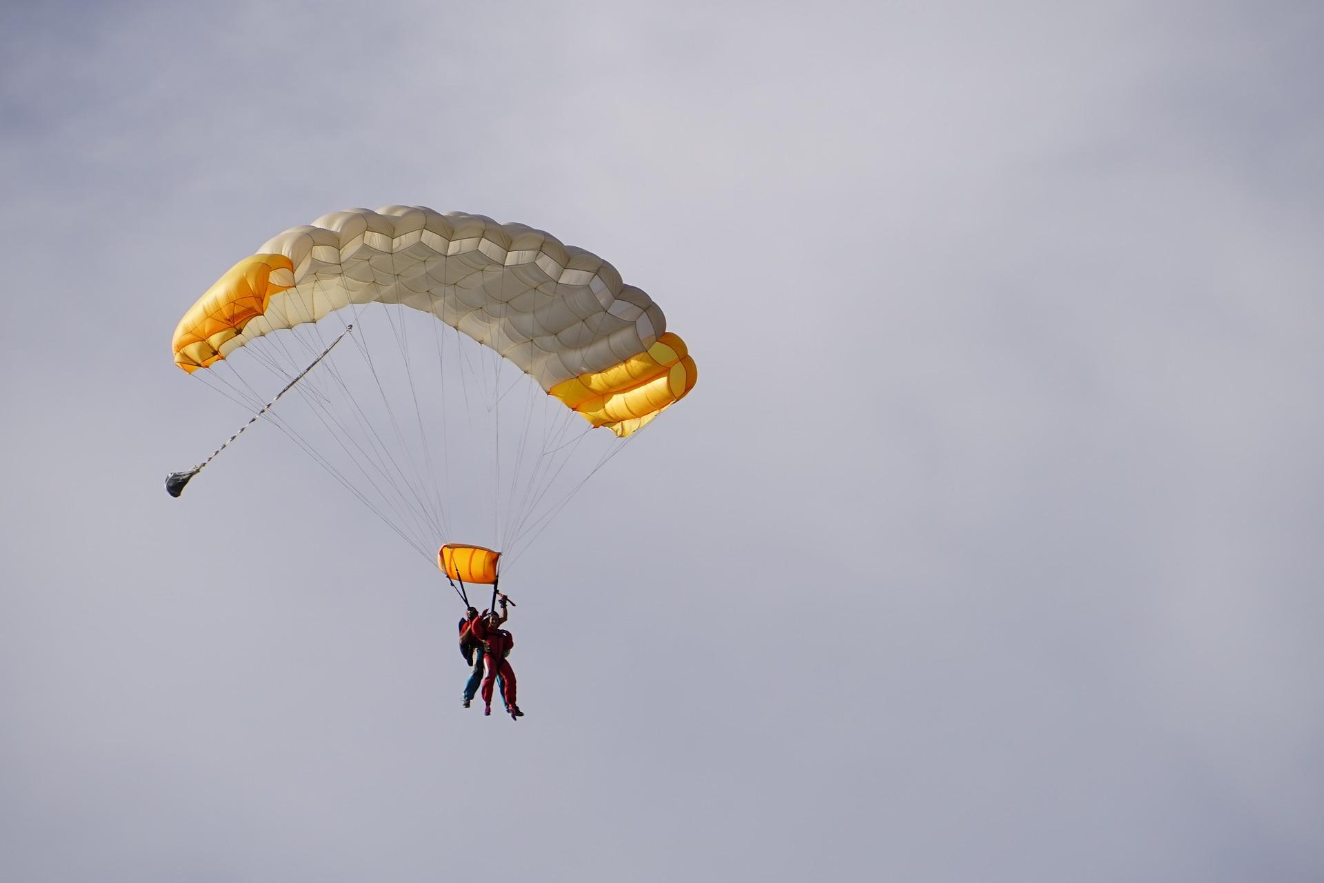 Fallschirm Tandemsprung im Saarland