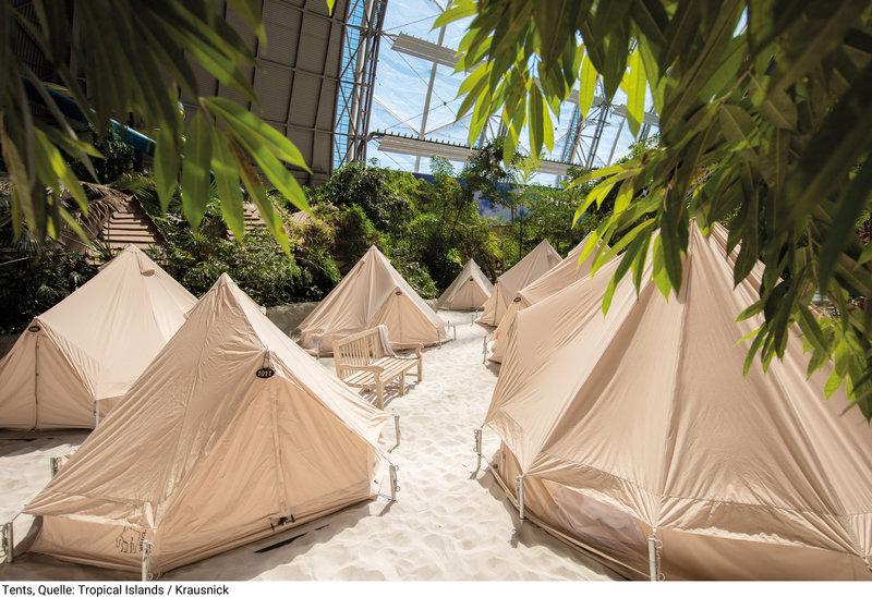 Im Winter erwischt du garantiert ein Zelt in der Biosphäre