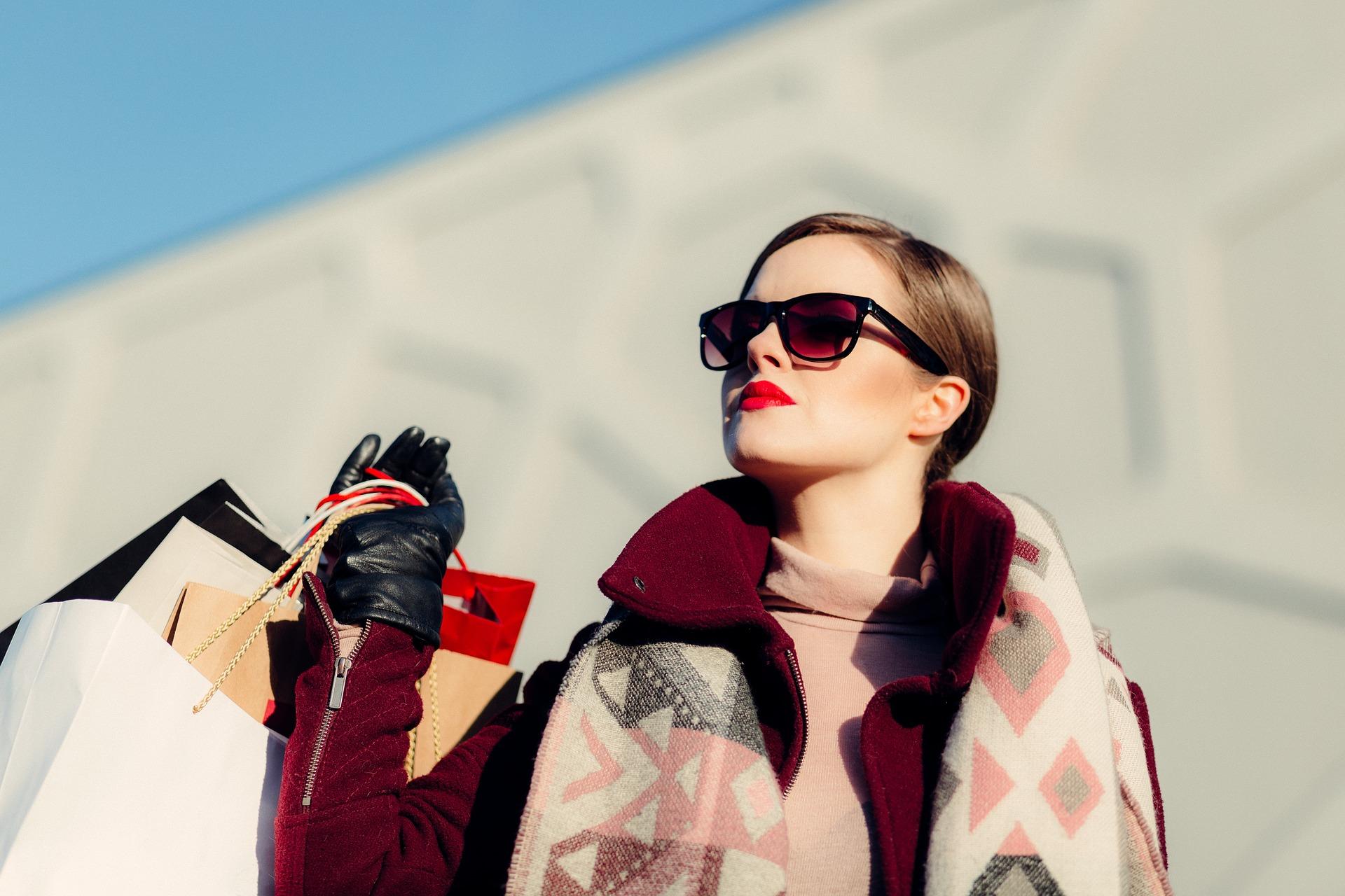 Schoppen im Urlaub natürlich, allerdings sollte die Sonnenbrille schon bei der Anreise am start sein