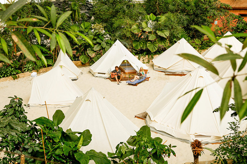 Tropical Island im Tipi Zelt erleben