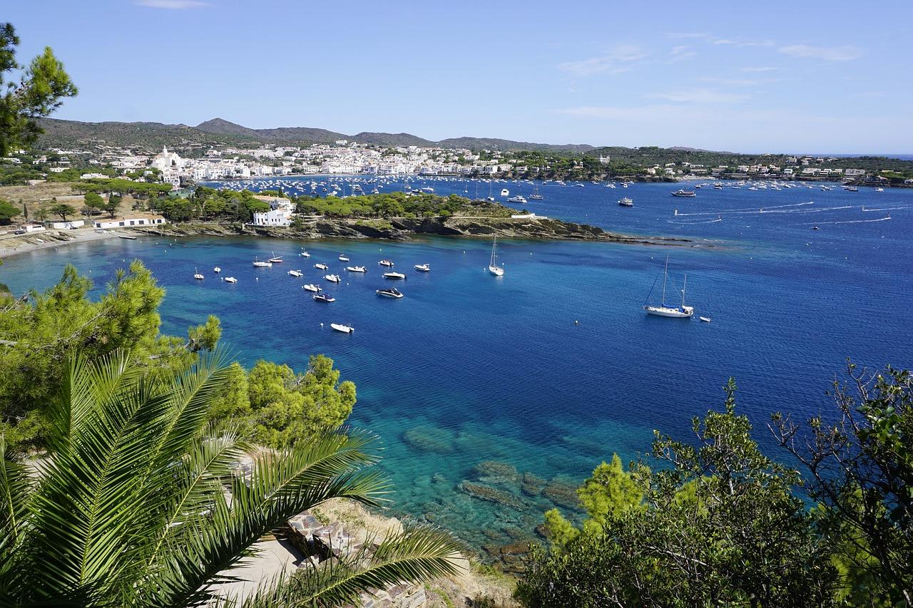 Urlaub in Cadaques Flug nach Barcelona Girona und von dort aus weiter