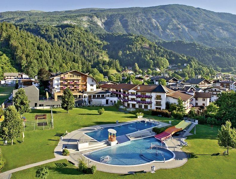 Wellness im Schwarzbrunn in Stans 4 Sterne Hotel Luxus in Tirol ab 219,00€