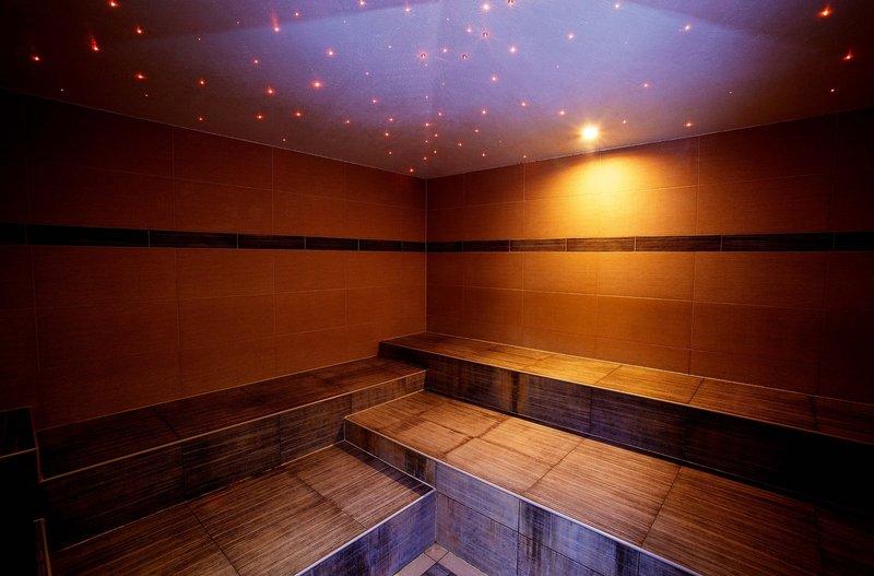 moderne Sauna im 4 Sterne Hotel