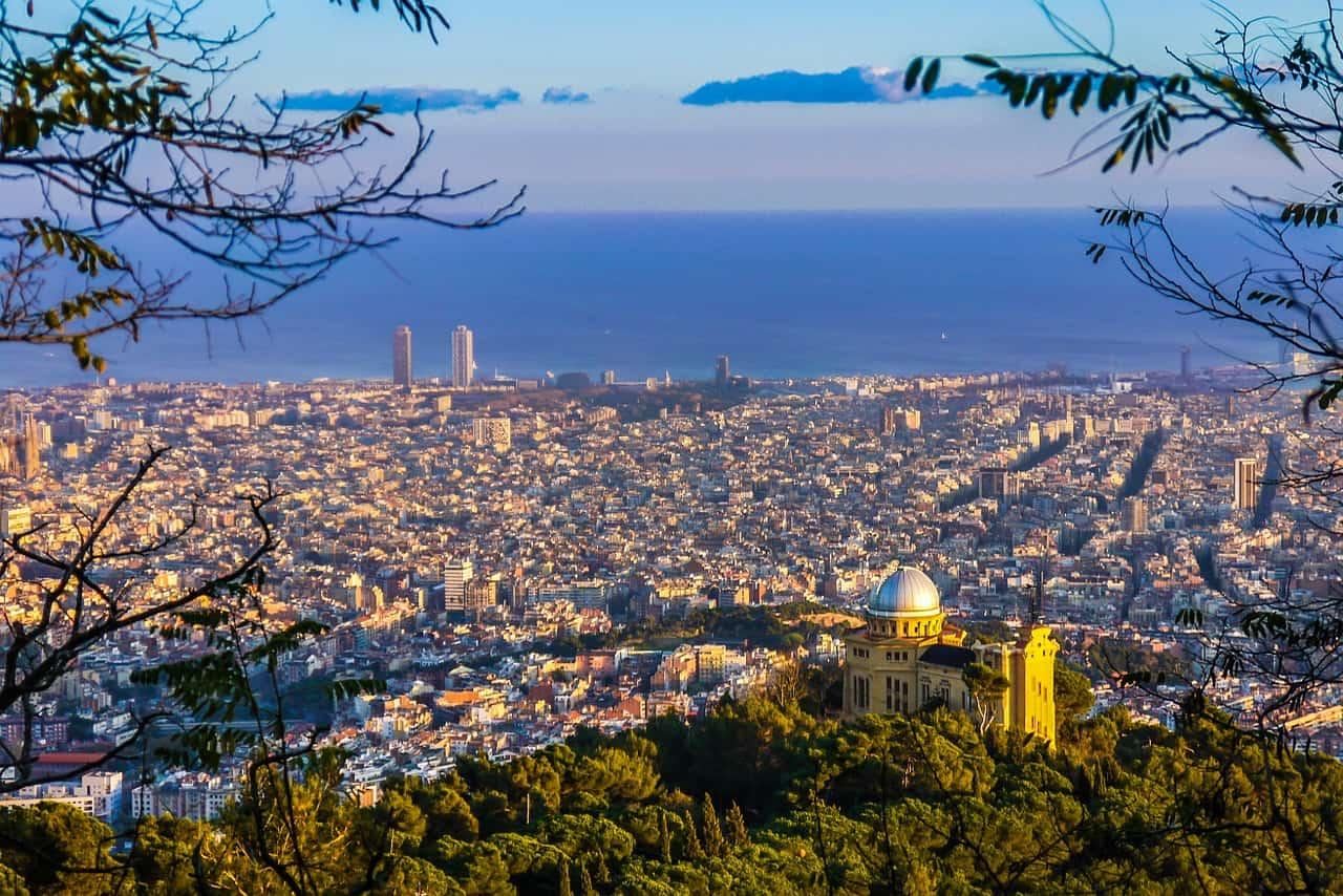 Ausblick über die Großstadt Barcelona