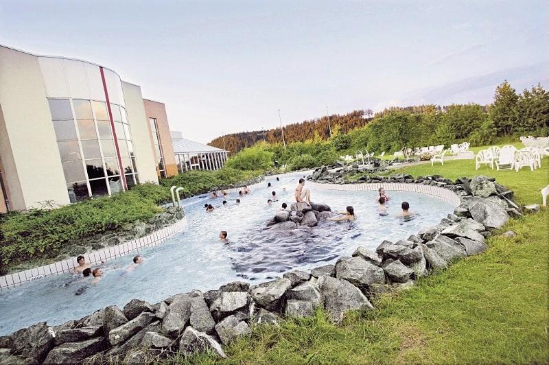Außenbecken des Aqua Mundos im Ferienpark im Sauerland