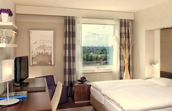Beispiel Zimmer im Estrel Hotel Berlin