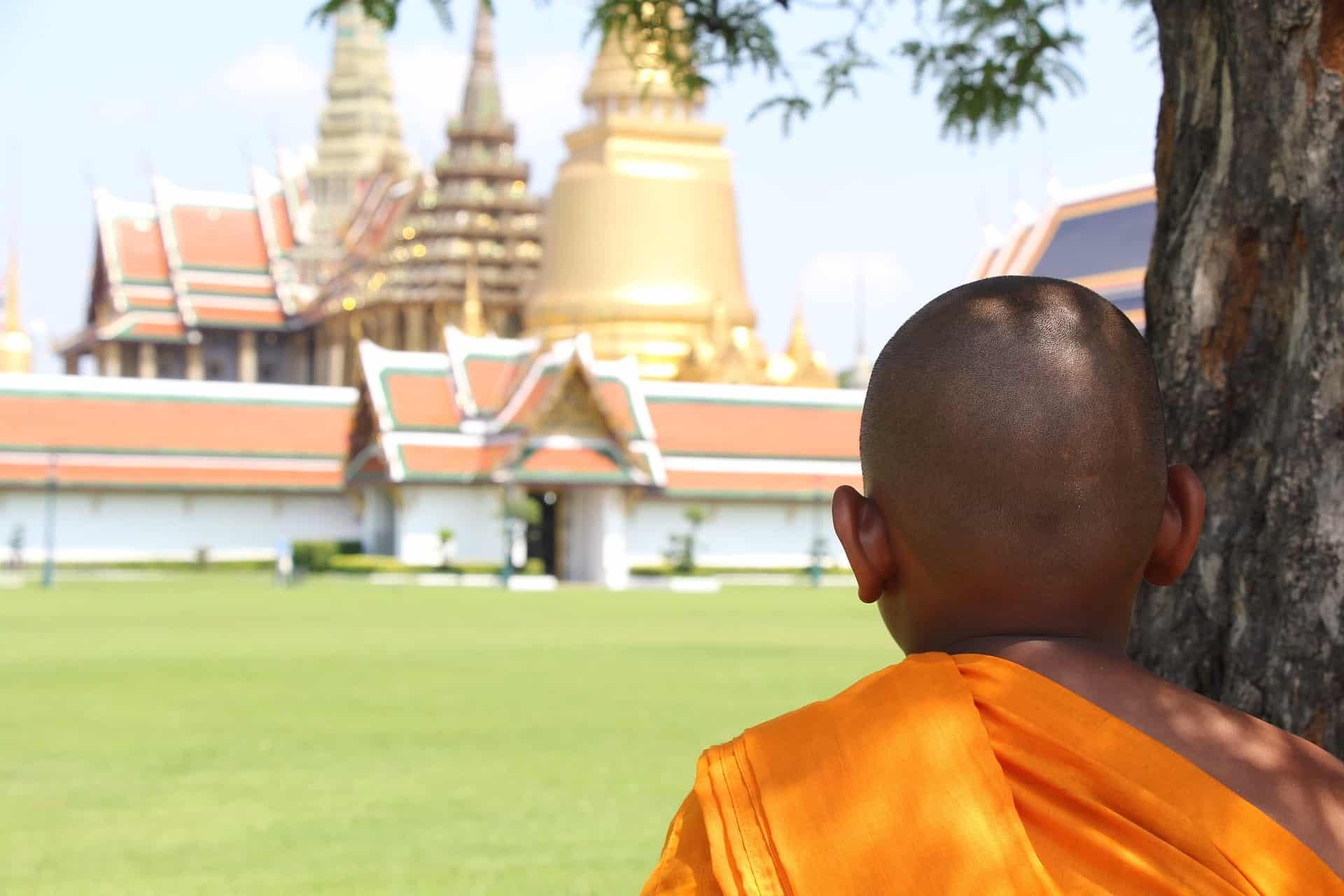 Buddhisten & Tempel besichtigen in der Hauptstadt