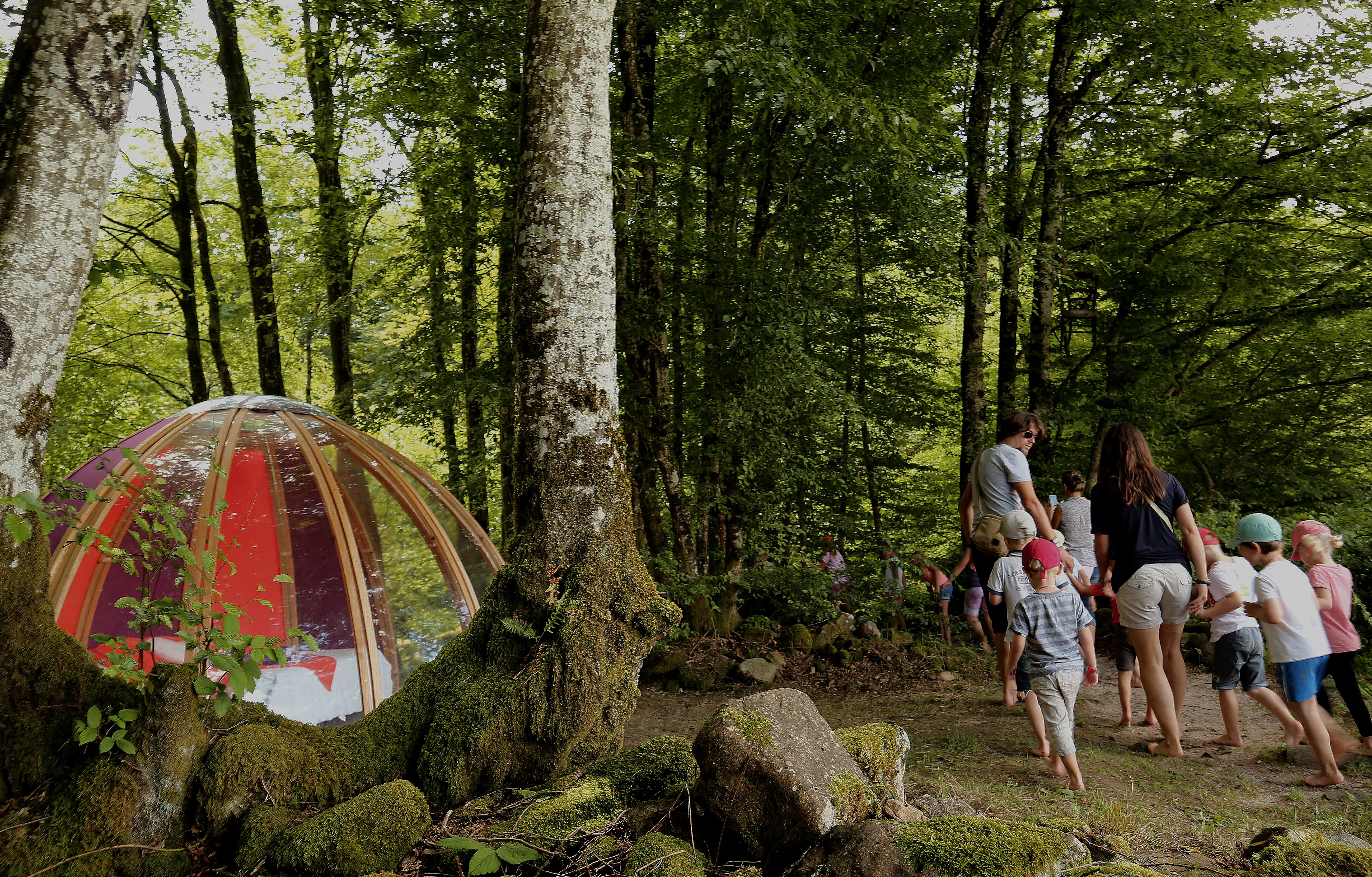 Das Glaskuppel Hottel im Ferienpark La Ferme Aventure bietet in der Feriensaison vorallem für Abschlussfahrten an