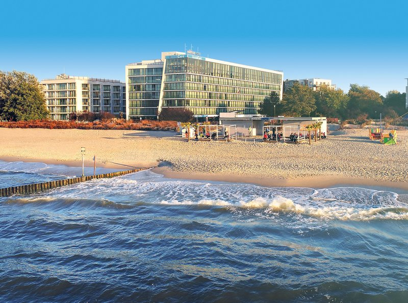 Das moderne 5 Sterne Marine Hotel Kolberg liegt direkt am Sandstrand
