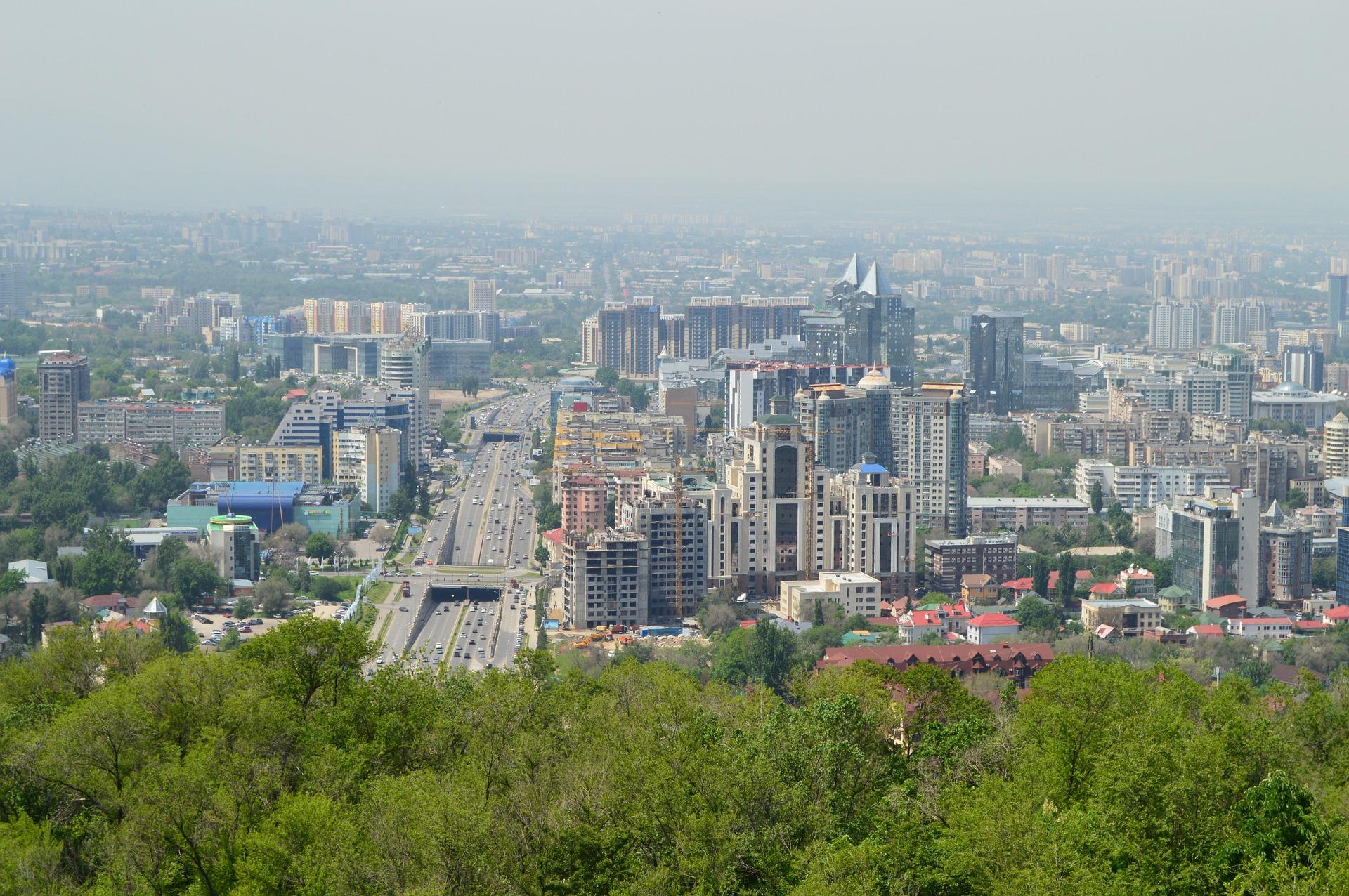 Flüge nach Almaty hin & zurück schon ab 223,00€