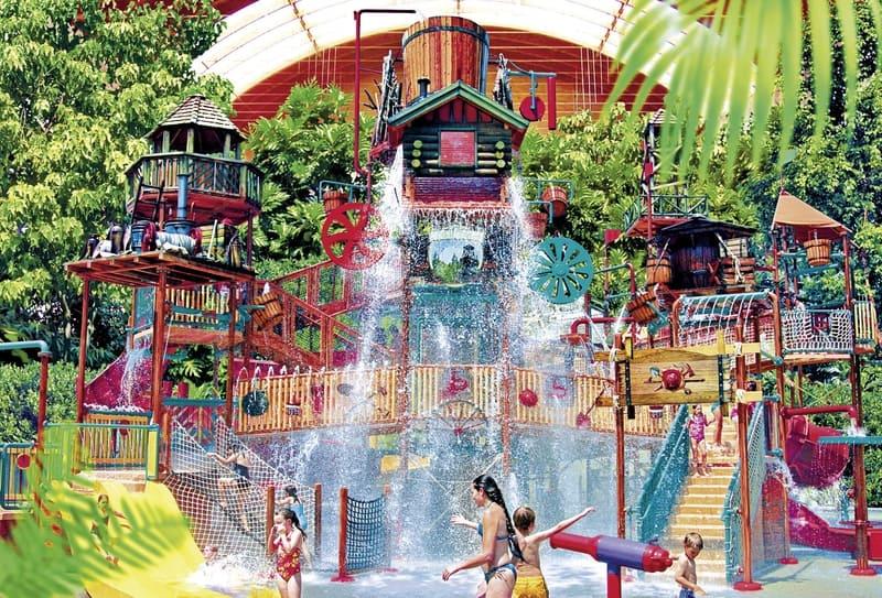 Für Kinder ist das Aqua Mundo im Piraten Stil eingerichtet