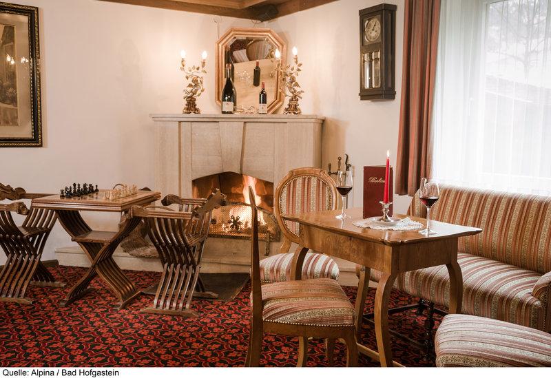 Gemütliche Ambiente beim Frühstücken im Hotel Alpina Resort