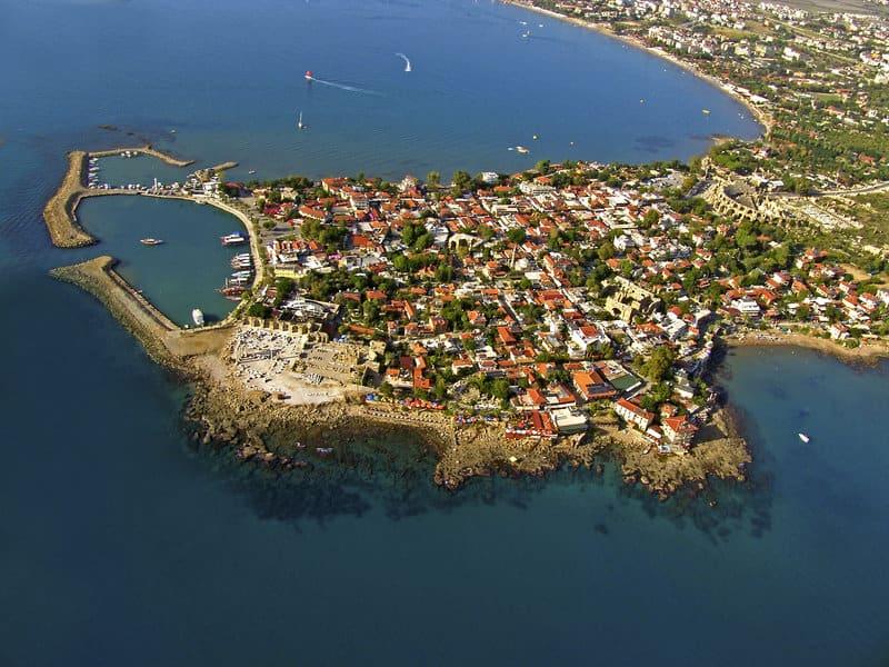 Hier liegt die Hotelanlage jeden Tag könnt Ihr bei Kumköy Bootstouren machen wie richtige Piraten