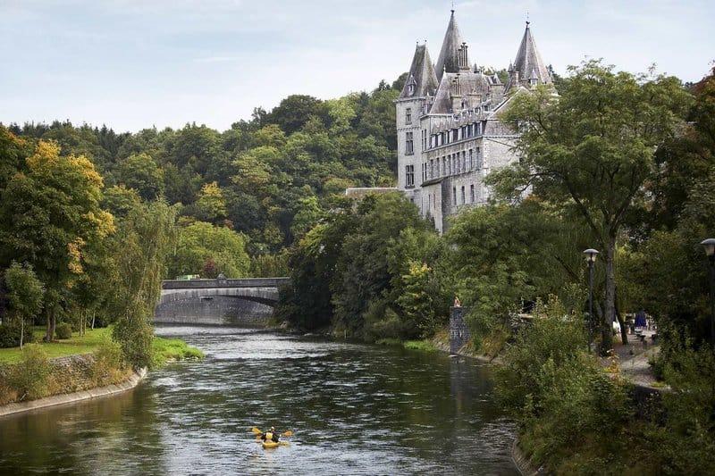 Kanu fahren im Sommer ist aufjedenfall nur zu empfehlen im Center Parcs Les Ardennes bei Vielsalm in Belgien