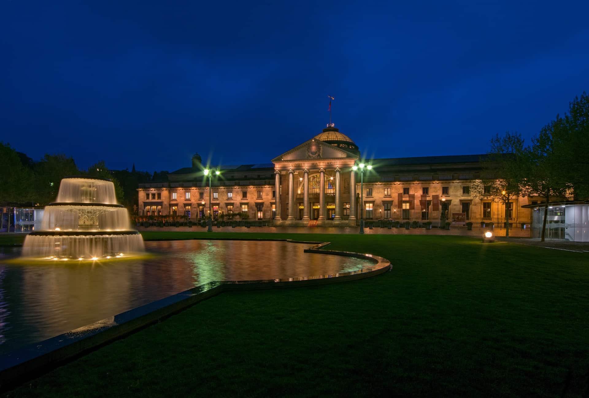 Kurhaus in der hessischen Landeshauptstadt