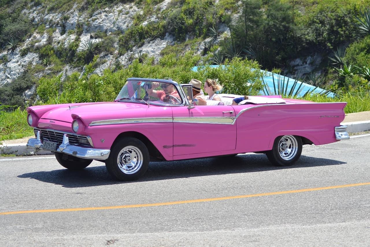 Mit dem Oldtimer durch Kuba reisen - günstig ab 520,00€ die Woche inklusive Hotels