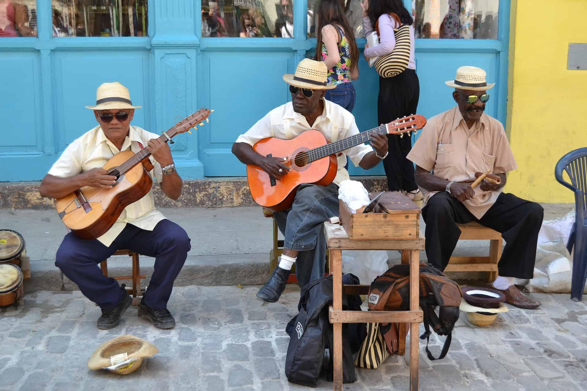 Typische Kubaner die einfach pure Lebensfreude austrahlen