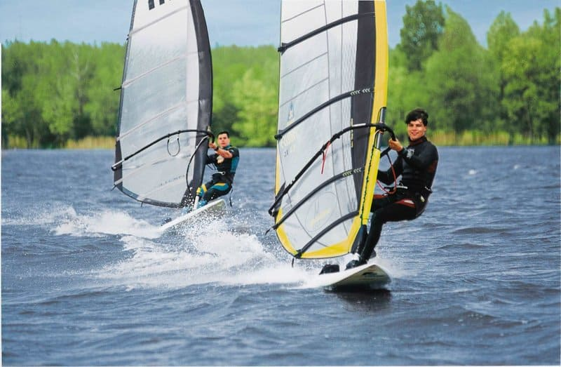 Windsurfen im Ferienpark in Holland