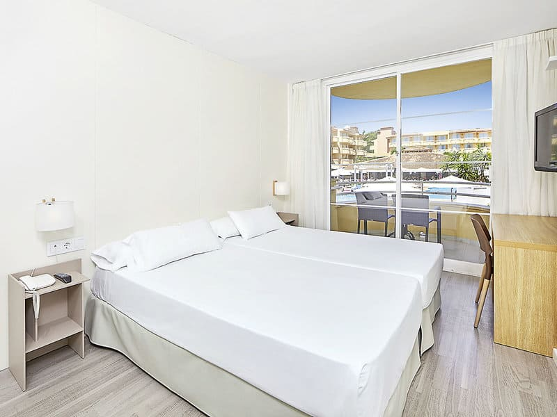 Cala Ratjada Urlaub - Hotzelzimmer im 4 Sterne Hotel Prinsotel La Pineda