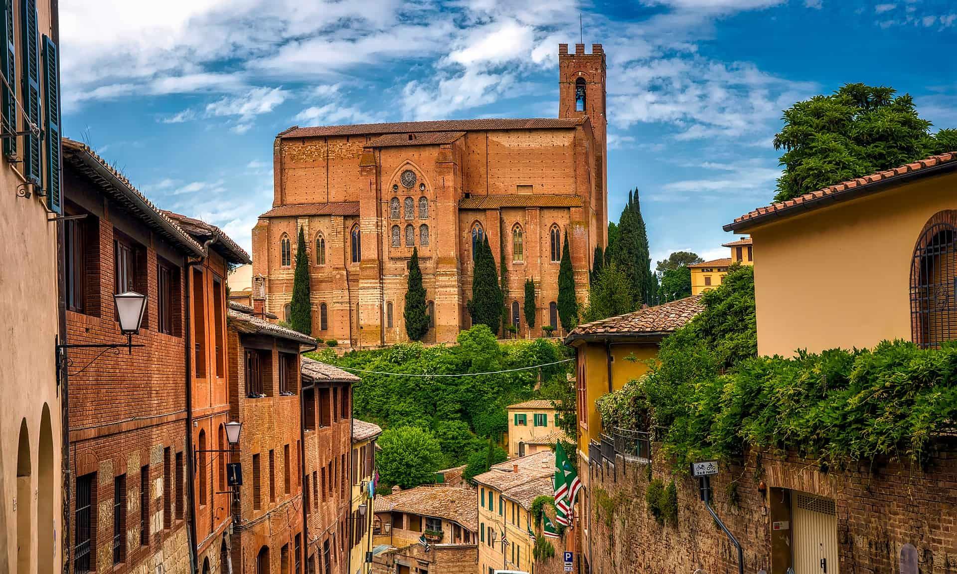 Camping in Siena die Mittelalter Stadt Italiens