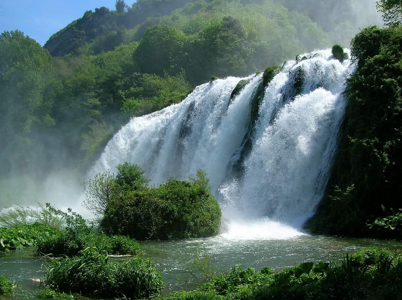 Cascata Varone der berühmte Wasserfall einer der beliebtesten Orte