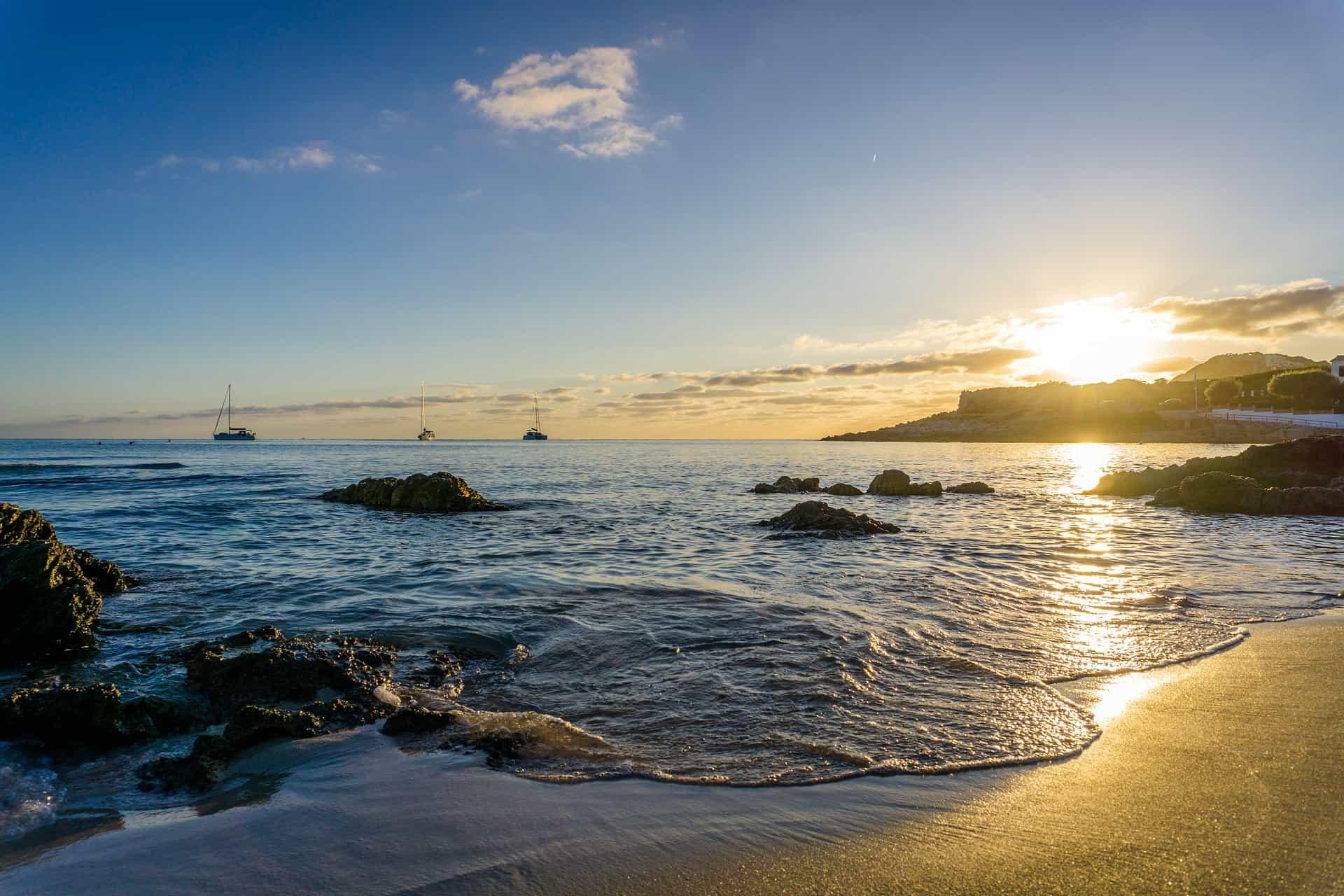 Diesen Sonnenuntergang kannst du jetzt 23 Tage zum Bestpreis genießen