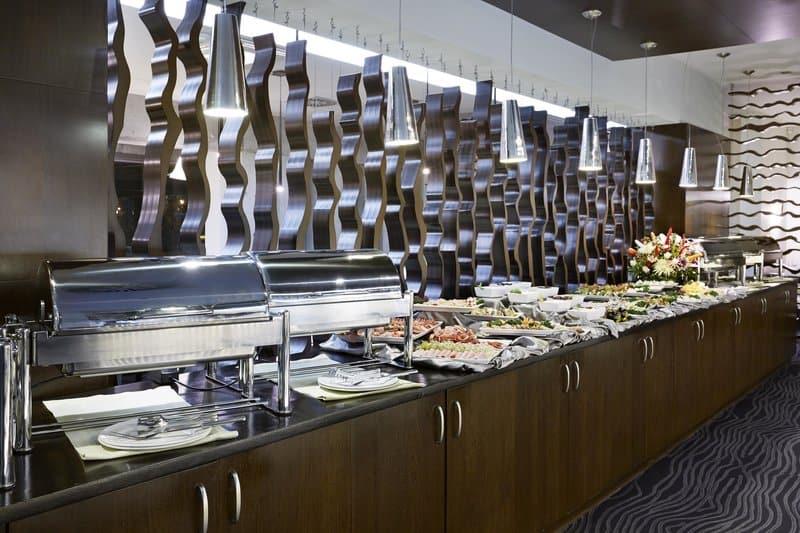 Frühstücksbuffet im 4 Sterne Hotel